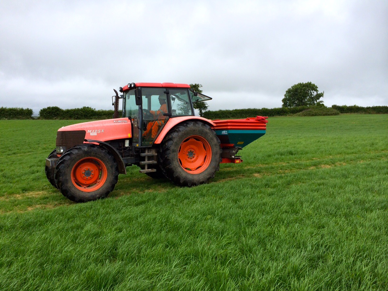 Agricultural tractor training (December 2018)