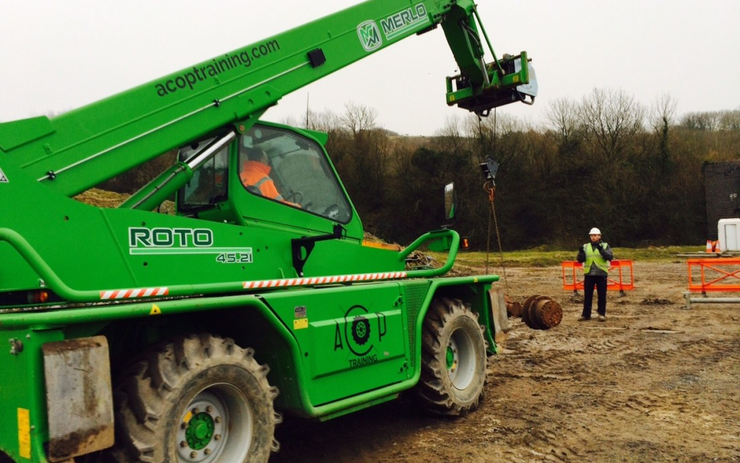 Telescopic handler – suspended/ underslung loads under CPCS