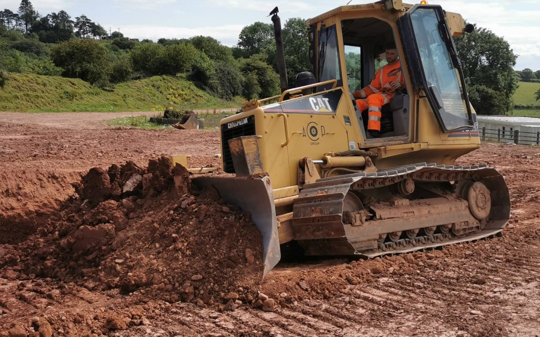 Crawler Tractor /Dozer training semi-experienced (February 2020)