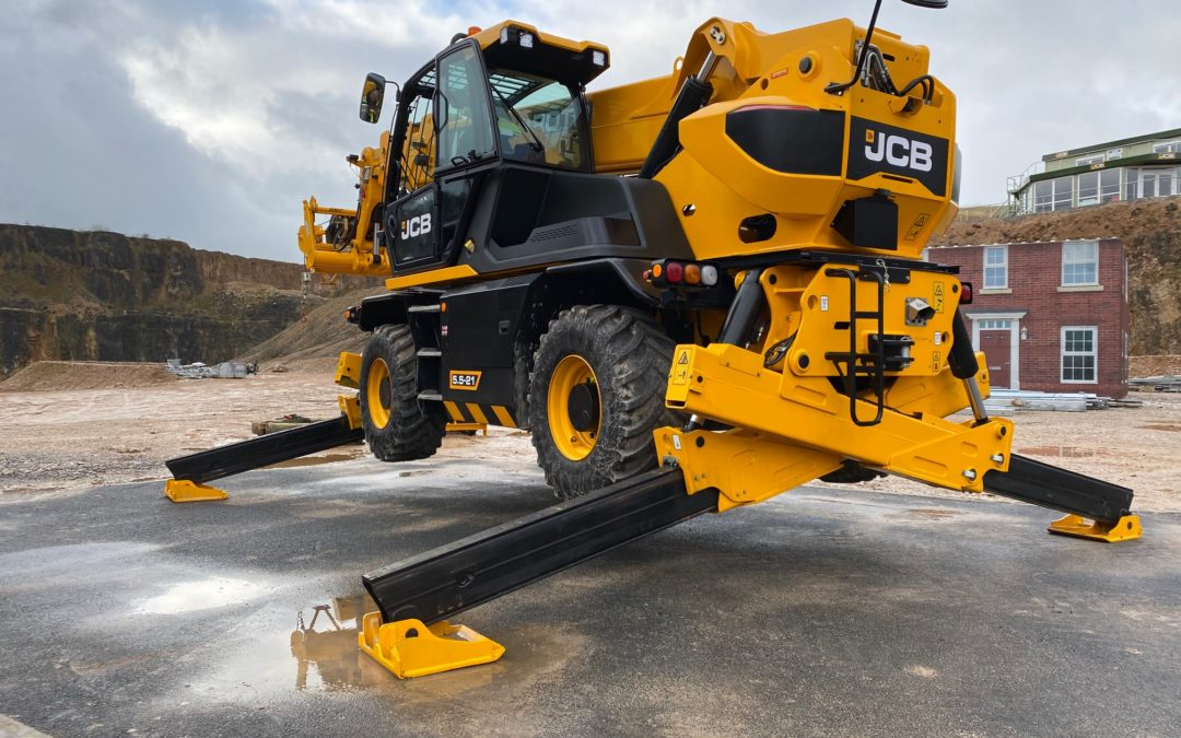 Review of JCB ROTO 5.5 -21 (360 slew telehandler)